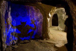 Podzemí (2)e