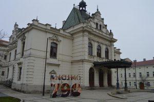divadlo-z790